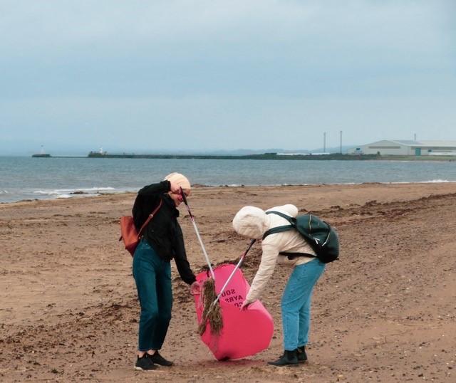 ayr-beach-clean